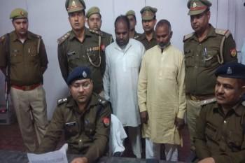 पुलिस ने दो अवैध फैक्ट्रियों का किया भंडाफोड़