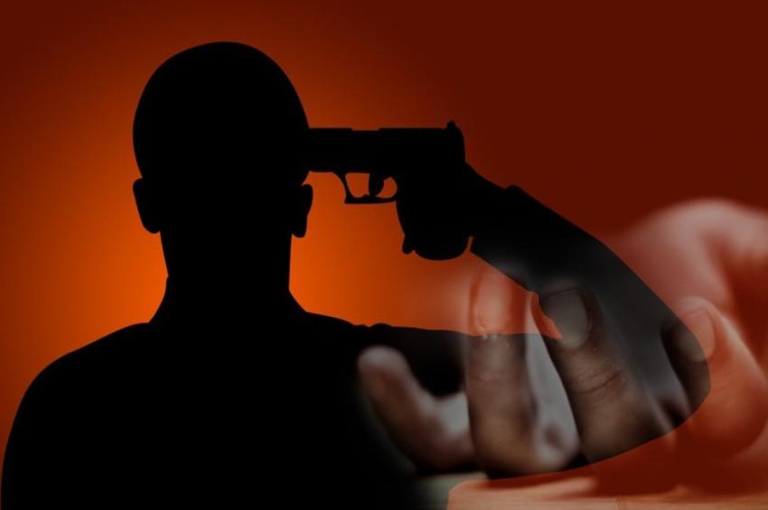 पूर्वोत्तर रेलवे के डिप्टी सीसीएम ने गोली मारकर खुदकुशी की