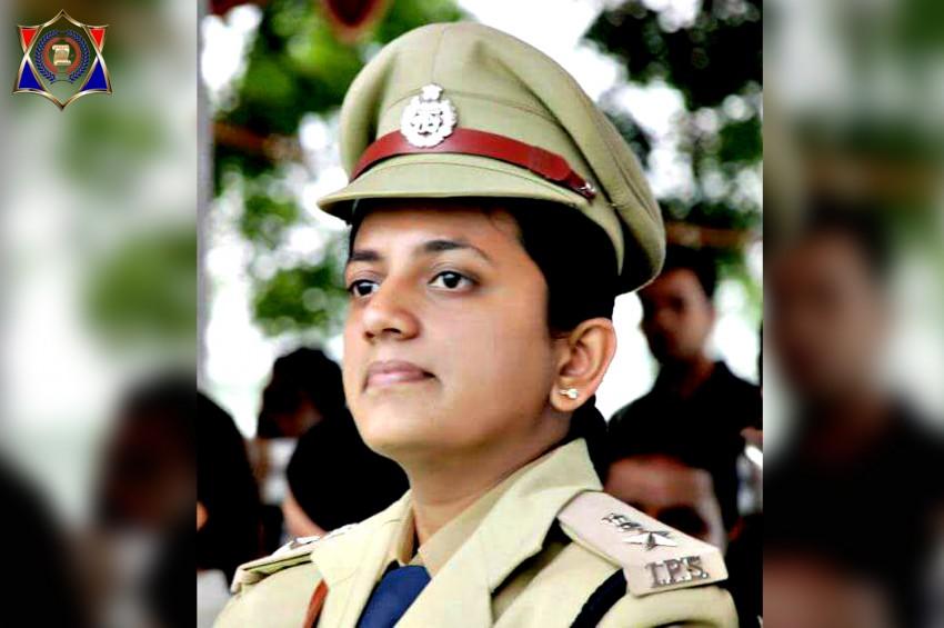 रुचिवर्धन बनी इंदौर की पहली महिला एसएसपी