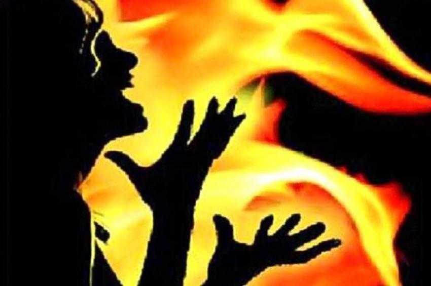भाजपा सांसद की भतीजी को जिंदा जलाना चाहता था युवक