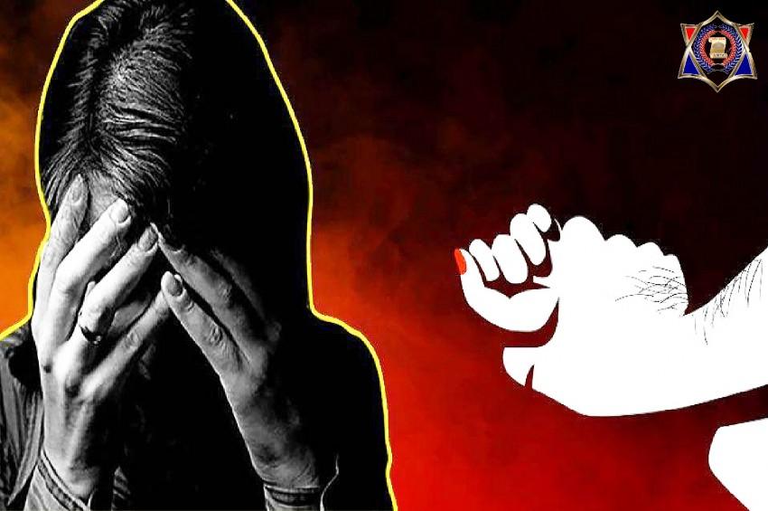 दरोगा के बेटे ने कि दुष्कर्म की कोशिश, बचाने आई महिला पर फेंका तेजाब
