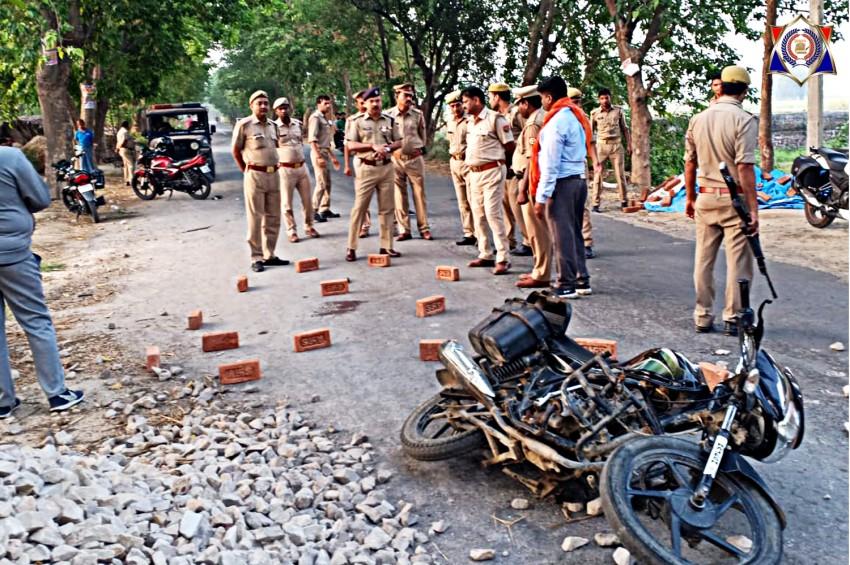 कुशीनगर में मुठभेड़ में 1 लाख का इनामी बदमाश अमित फौजी घायल