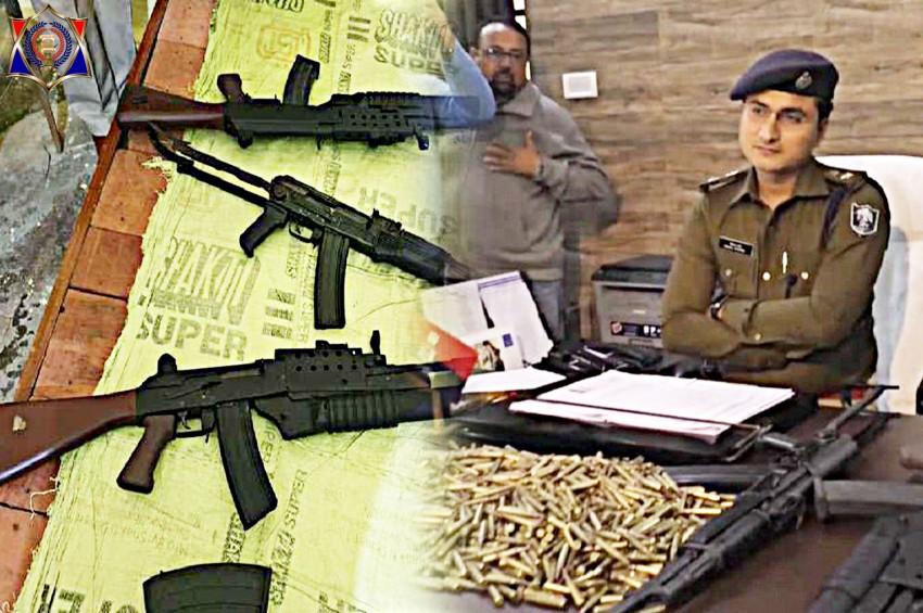 पुलिस ने सफारी से बरामद किए अत्याधुनिक हथियार