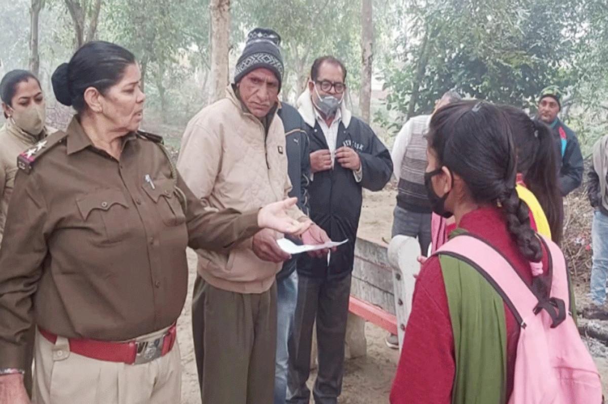 'लेडी सिंघम' ने सिखाया मनचले को सबक, छात्राओं को दी थी घर से उठा ले जाने की धमकी