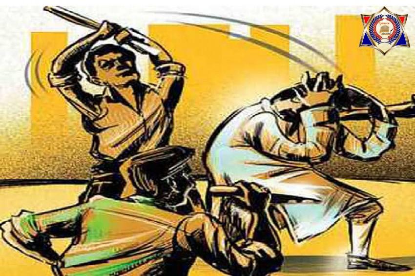 युवक को लघुशंका करना पड़ा महंगा, 4 सिपाहियों ने जमकर पीटा