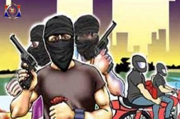 तमंचा तानकर पेट्रोल पंप पर ढाई लाख की लूट, लुटेरों की तलाश में जुटी पुलिस