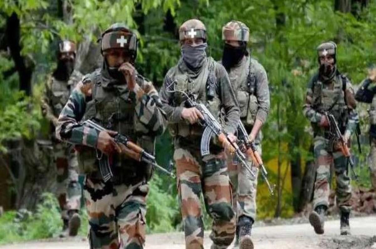 जम्मू-कश्मीर में मुठभेड़ के बाद सुरक्षाबलों ने मार गिराए 4 आतंकी