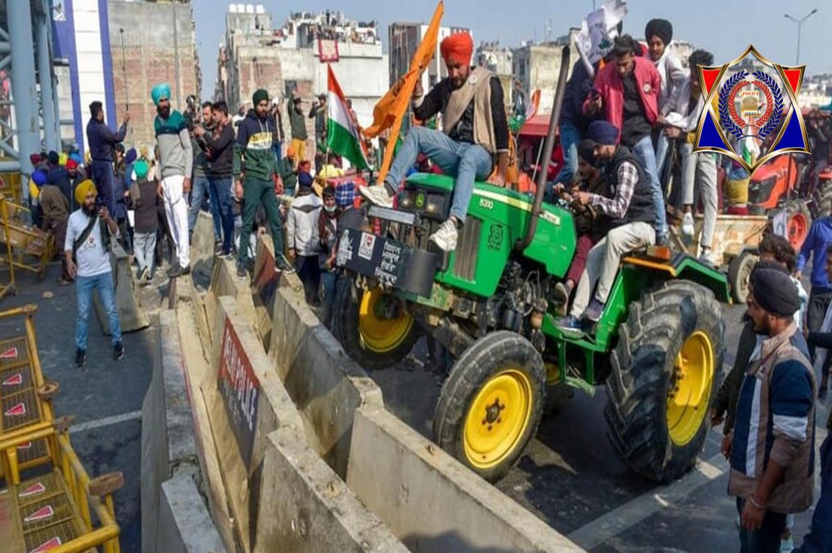 किसान आंदोलन के बीच ट्विटर पर हुआ ट्रेंड #दिल्ली_पुलिस_लठ_बजाओ