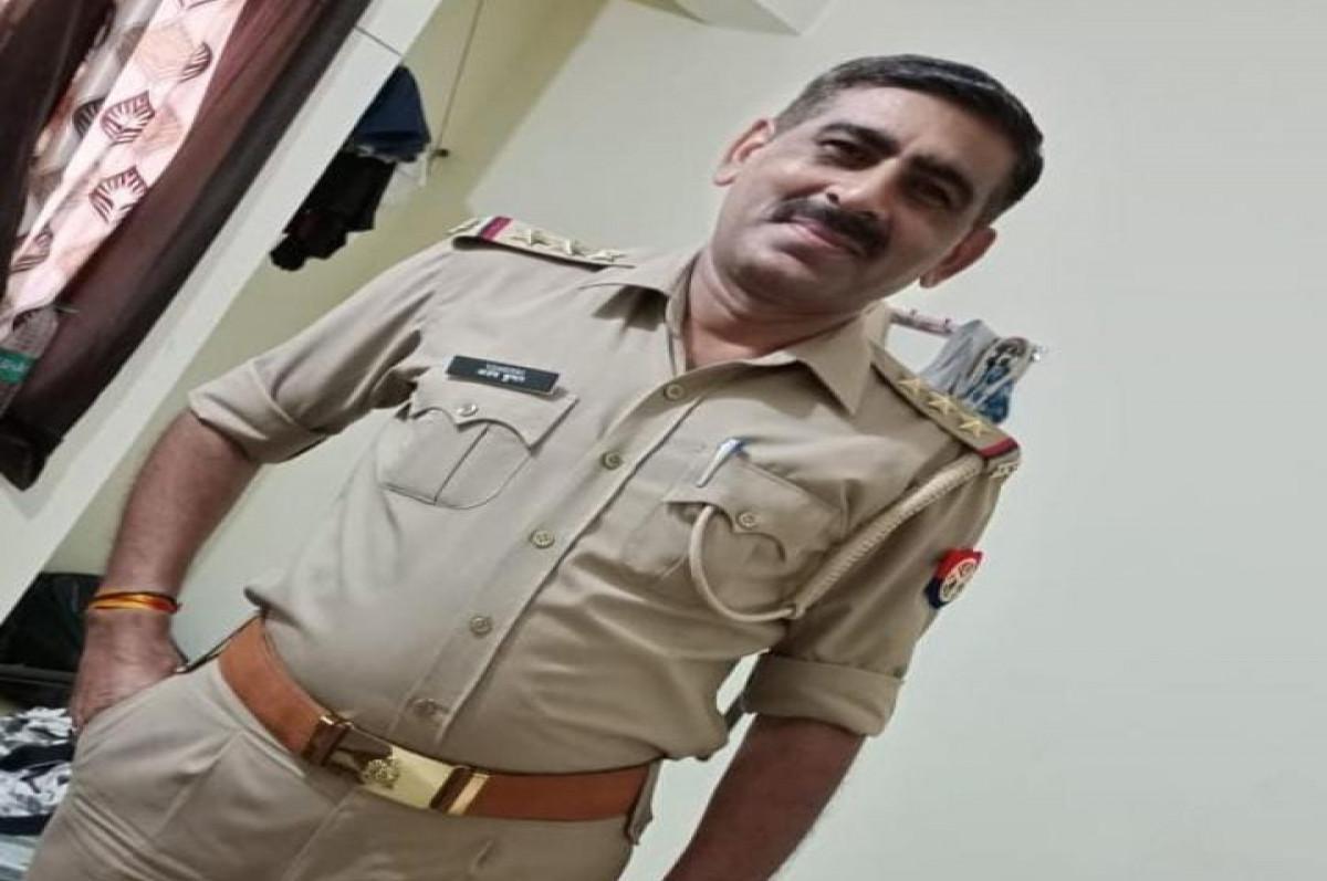 अलीगढ़ में FIR दर्ज होने के बाद बुलंदशहर के निलंबित इंस्पेक्टर अजय से पूछताछ शुरू